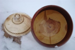 Hollowed form and lid